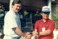 10 Mr Tadashi Inoue presenting Gerrit Does the Life Founder Membership award during the IBMXF Worlds in Whistler Canada 1985