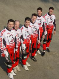 04 Team of friends on MCS bikes in 2002 FLTR Erik Eric Mark Robert Rob and Pieter